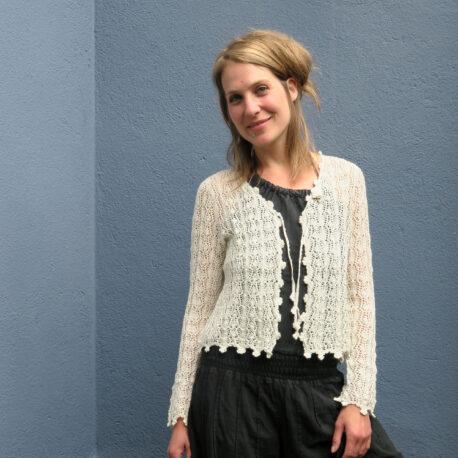Cardigan Damen Nature-Weiss; Designer-Kleider; Basel Schweiz;